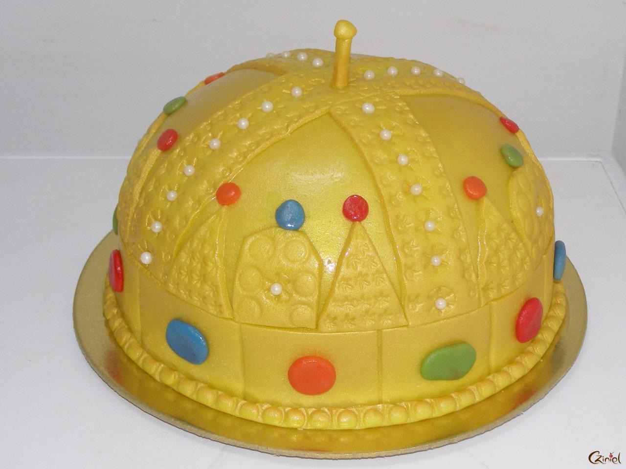 A pécsi önkormányzat megtiltotta a szülőknek, hogy tortát vigyenek az oviba a gyerekük születésnapján