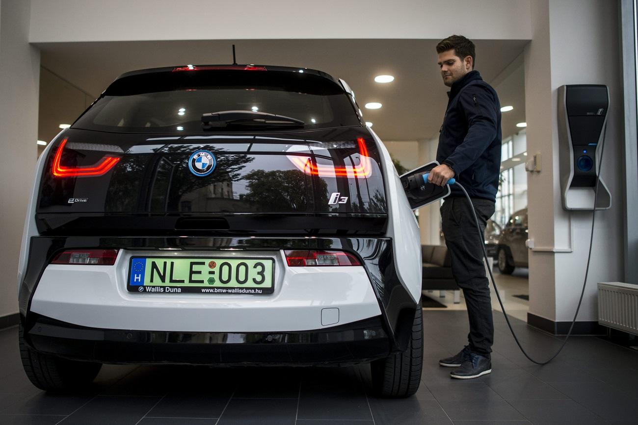 Újra lehet elektromos autót venni