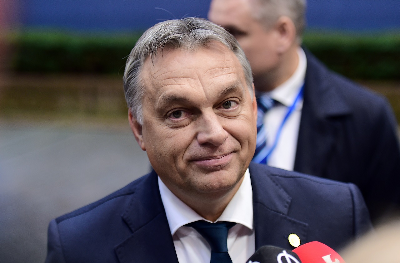 Egykori forintjaink újabb kalandjai: még 14 milliárdot költenek arra, hogy Orbánék a várba költözhessenek