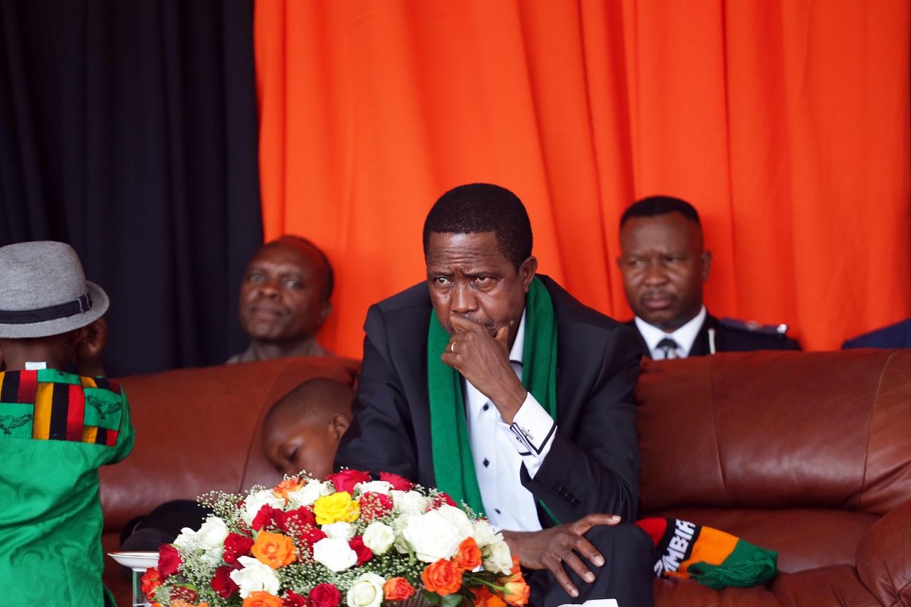 Annyira bezuhant a zambiai valuta, hogy az ország elnöke közös imádkozásra szólított fel, hogy meggyógyuljon