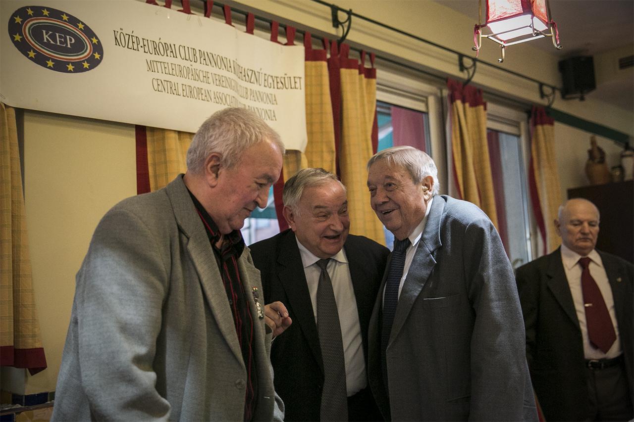 Breaking: Pozsgay Imre gyakorlatilag egyedül intézte el a kommunizmust