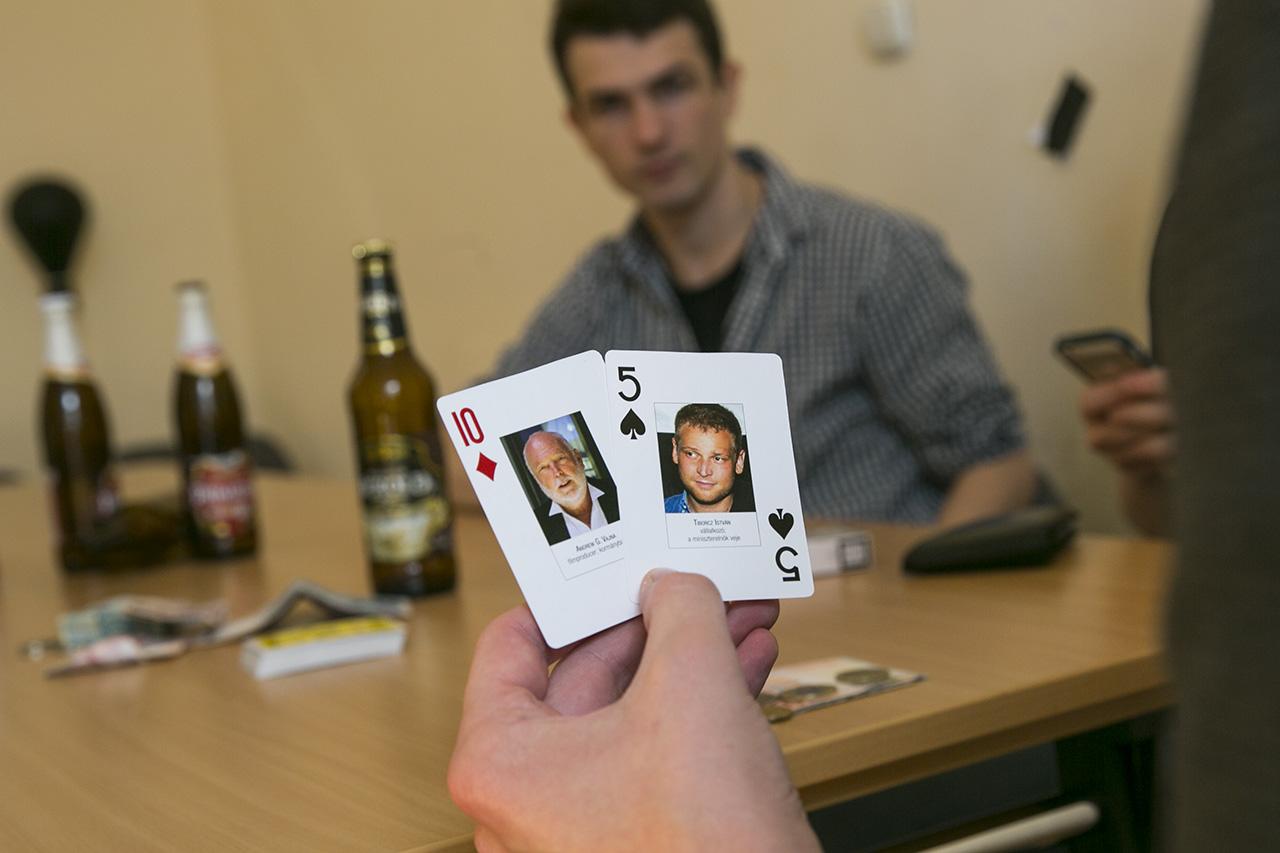 Te leülnél pókerezni Orbánnal, Vajnával és Habonnyal?