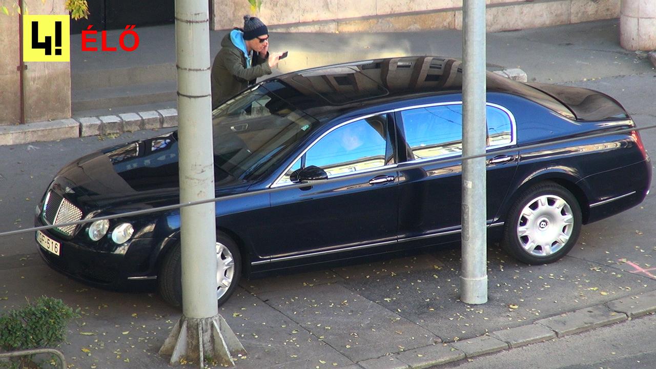 Breaking: Újabb Bentley parkol tilosban a 444 szerkesztősége előtt