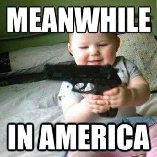 A sivatagban hagyta 5 éves unokáját egy megtöltött pisztollyal