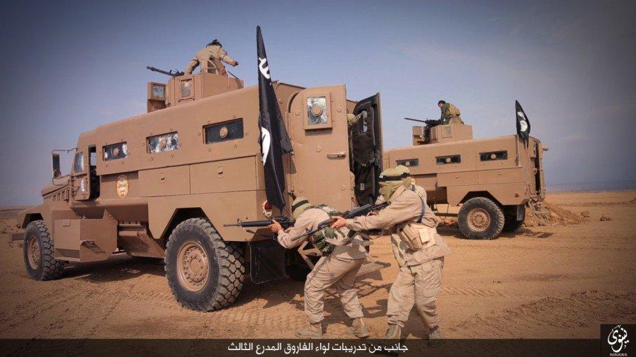 Amerikai fegyverekkel rajoskodik az ISIS