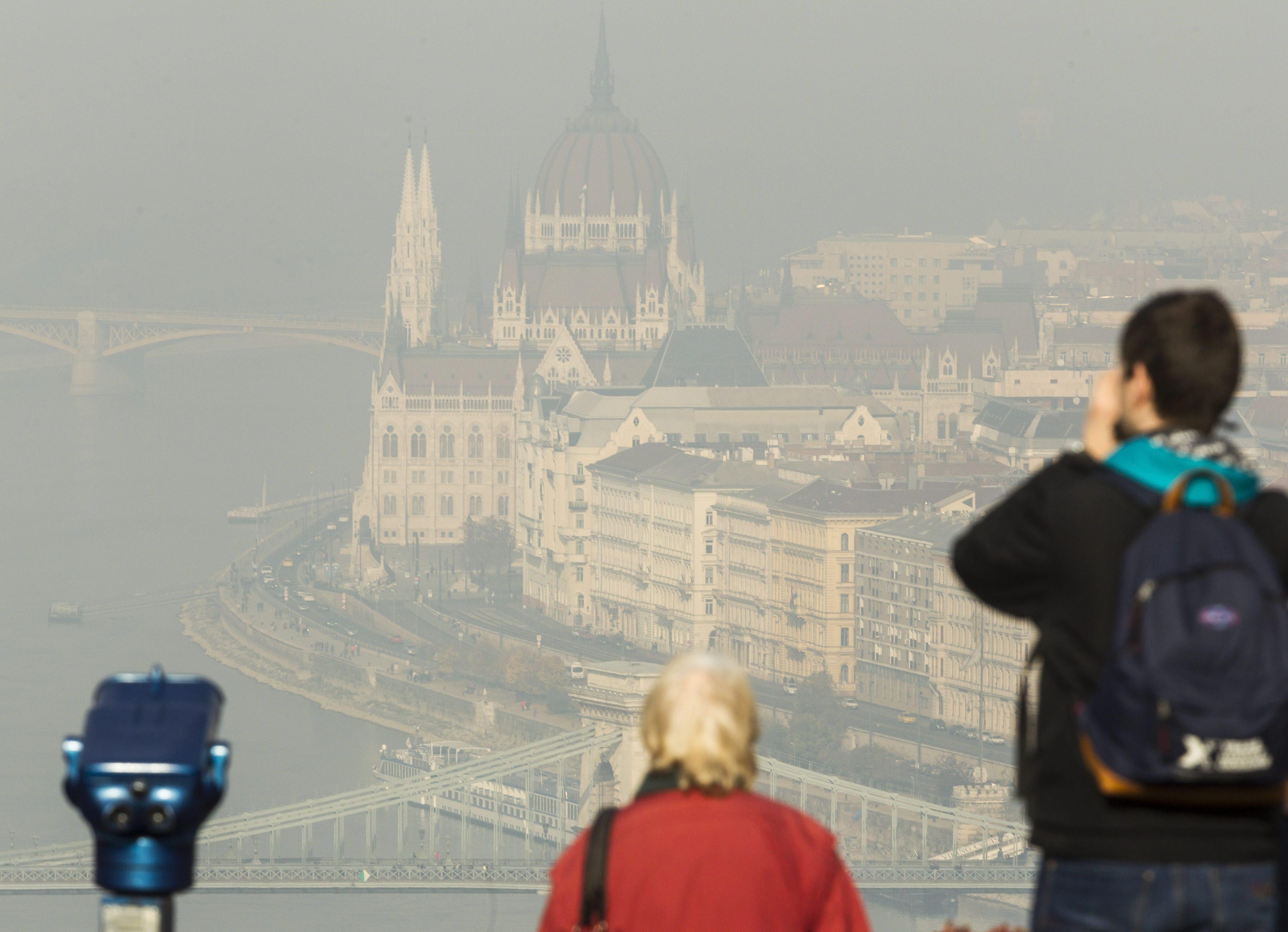 A légszennyezés nagyban növeli a covid halálozási kockázatát