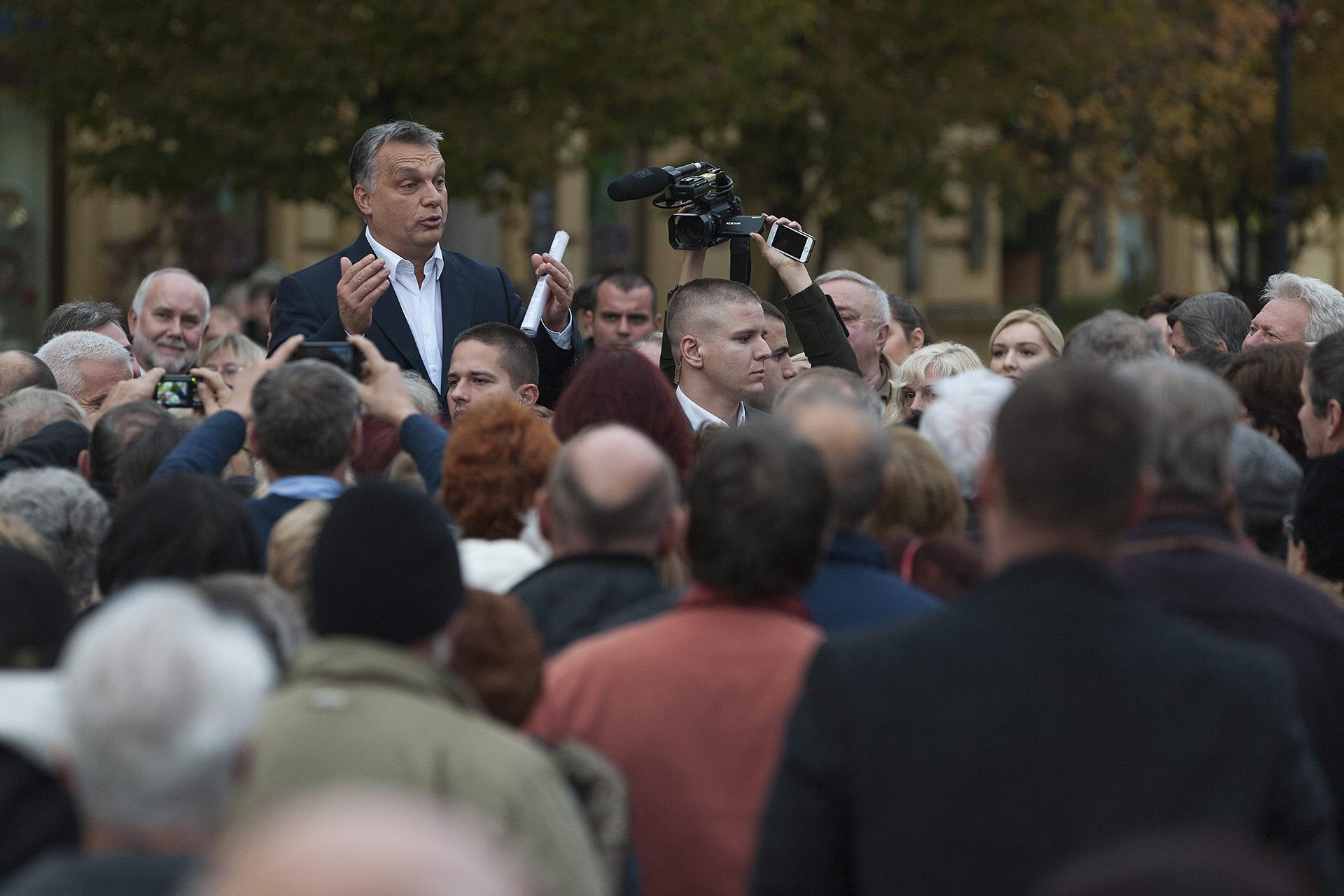 102 milliárd forintot is fizethet a kormány annak a 19 városnak, ahol már járt Orbán a Modern Városok Programban