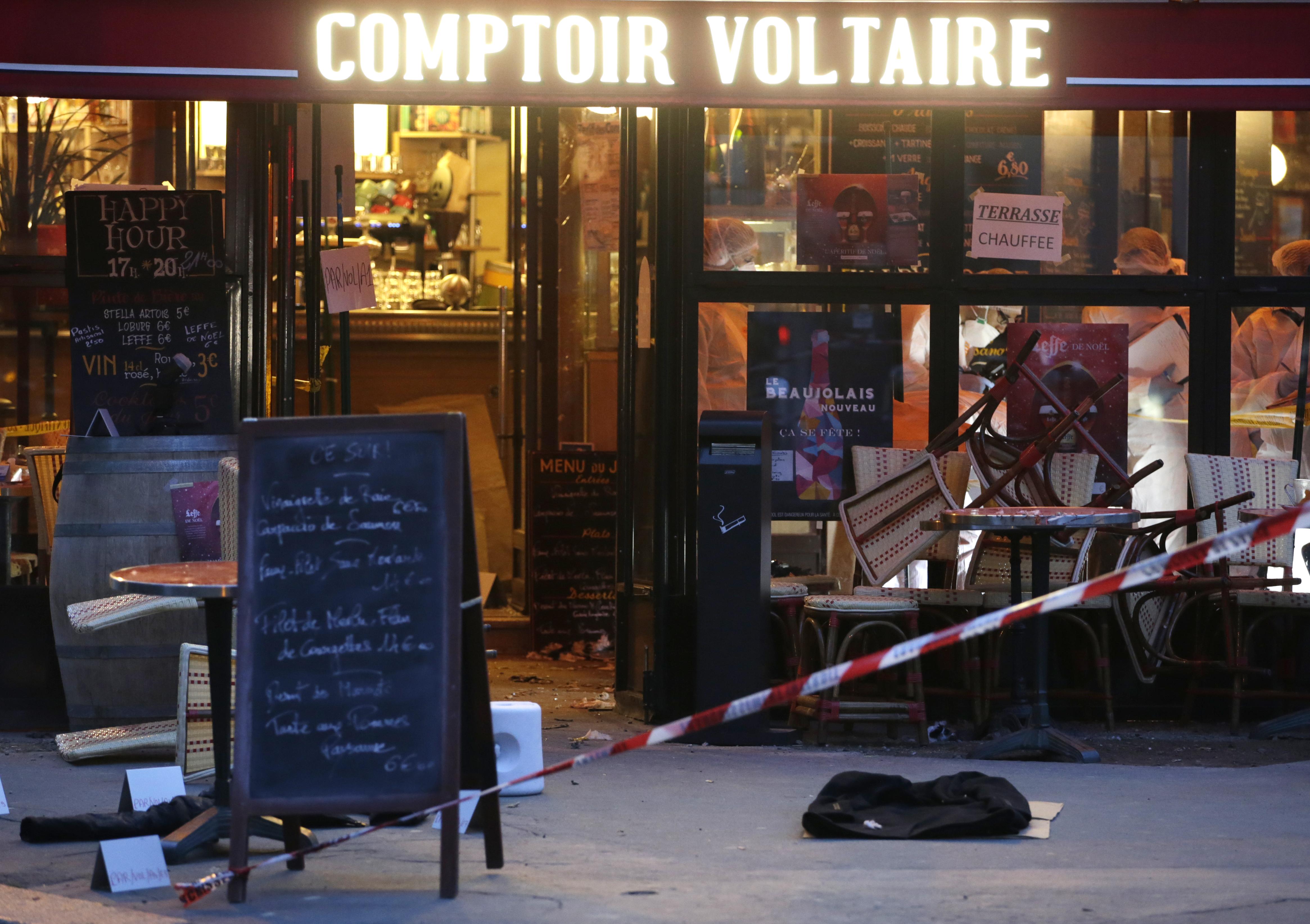 """Az egyik öngyilkos terrorista anyja szerint a fia a """"stressz"""" miatt robbanthatott"""