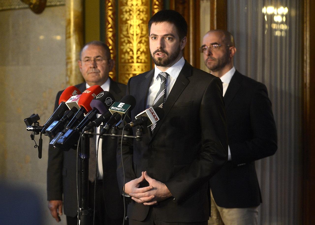 A magyar államot mintha nem is érdekelné, kik és mire osztják el a pénzét