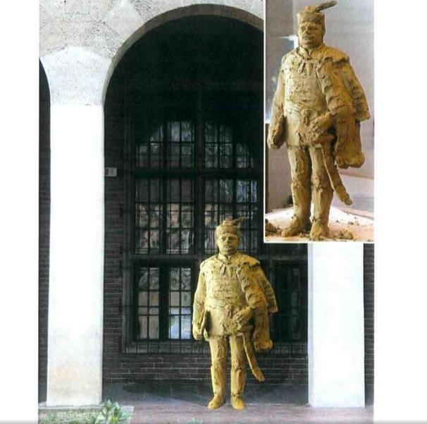 A kormány sem szeretné, hogy szobrot állítsanak Hóman Bálintnak