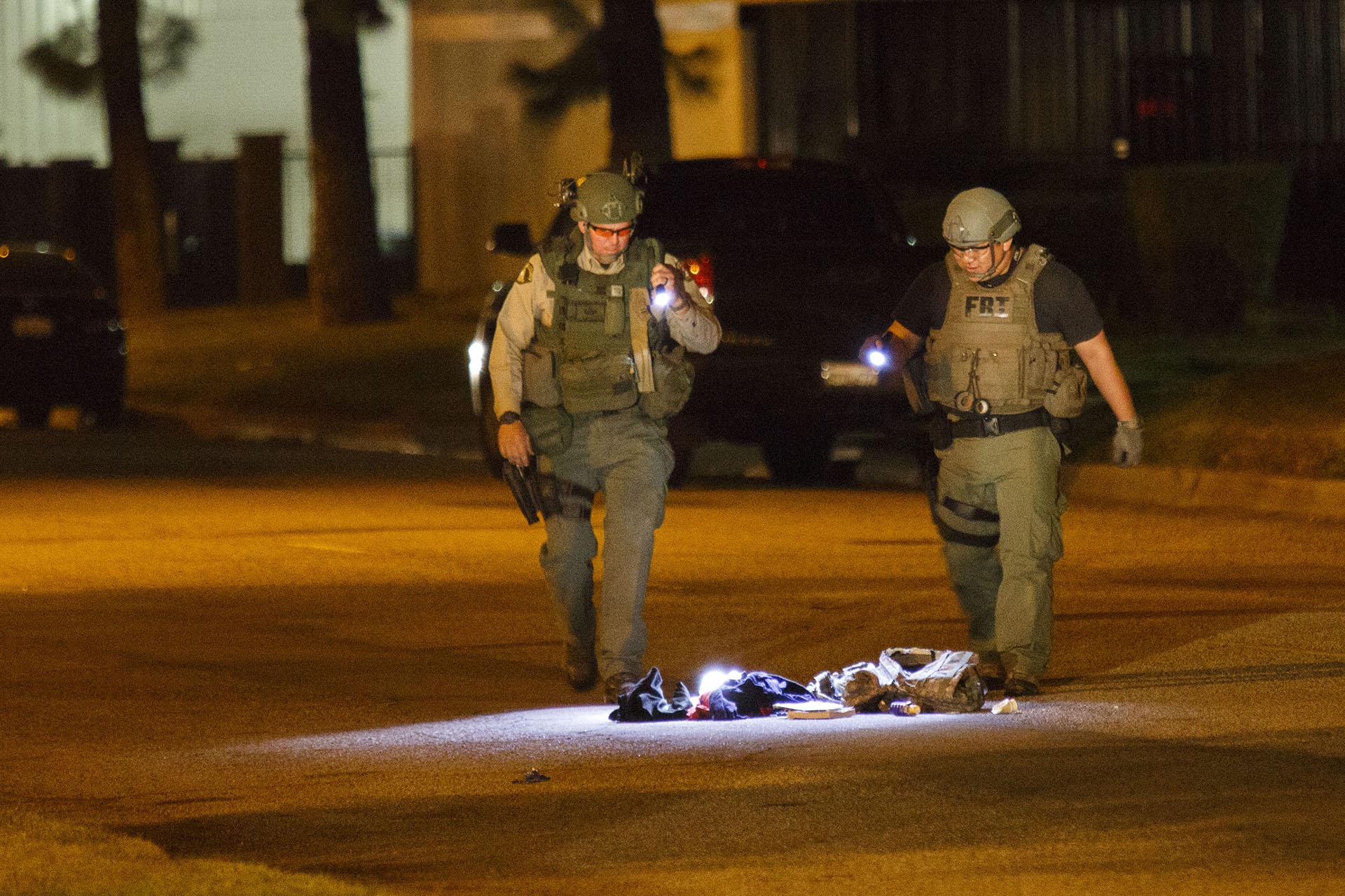 Bombákat és egy rakás lőszert találtak a San Bernardino-i fegyveres támadók lakásán