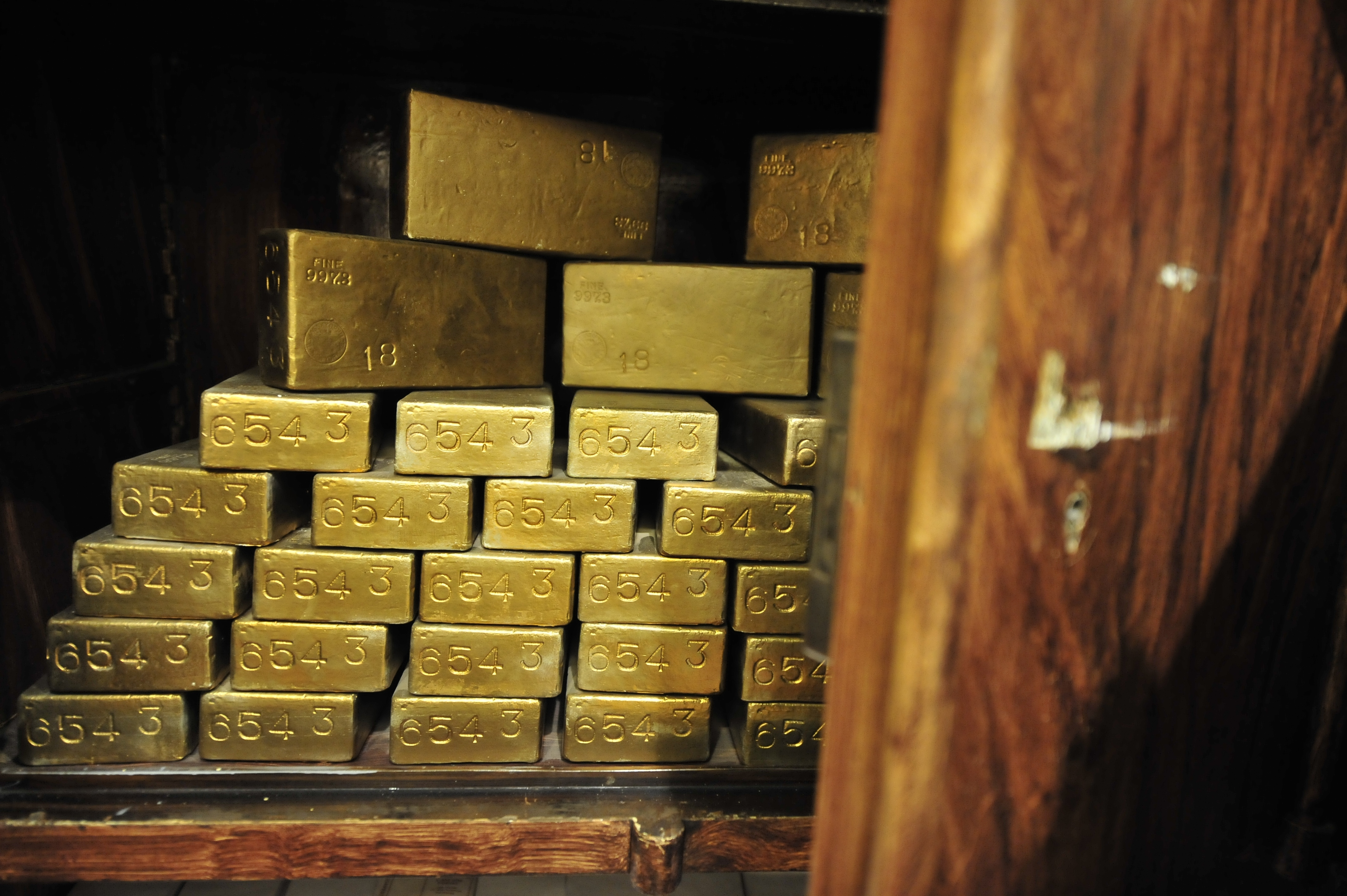 750 kiló aranyat raboltak el egy brazil repülőtérről