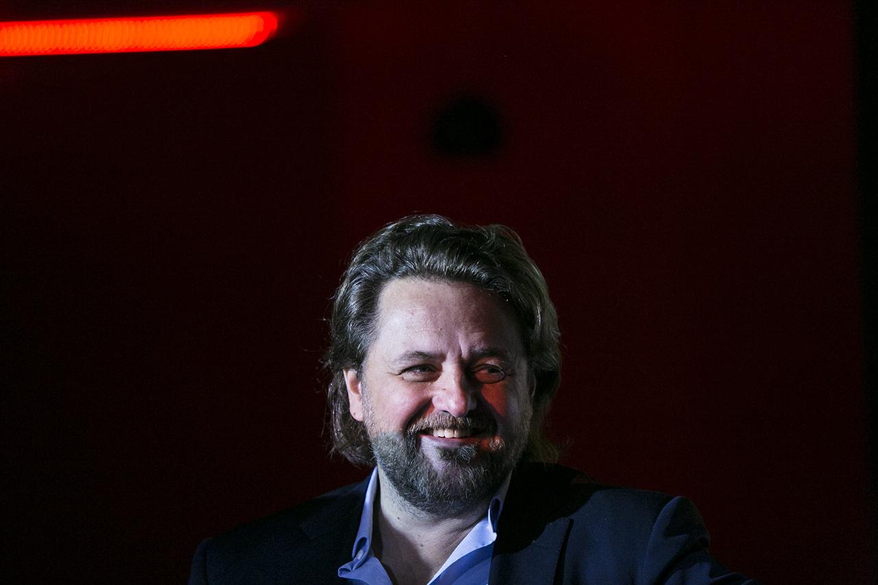 6,5 milliárdos gigatendert nyertek Csetényi Csaba cégei a Miniszterelnökségtől
