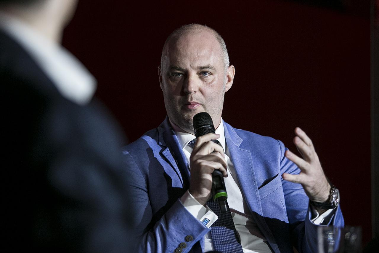 Kuna Tiborék lespórolták a vizes vb külföldi hirdetéseit, még több mehetett az 5 milliárdból a fideszes médiacégeknek