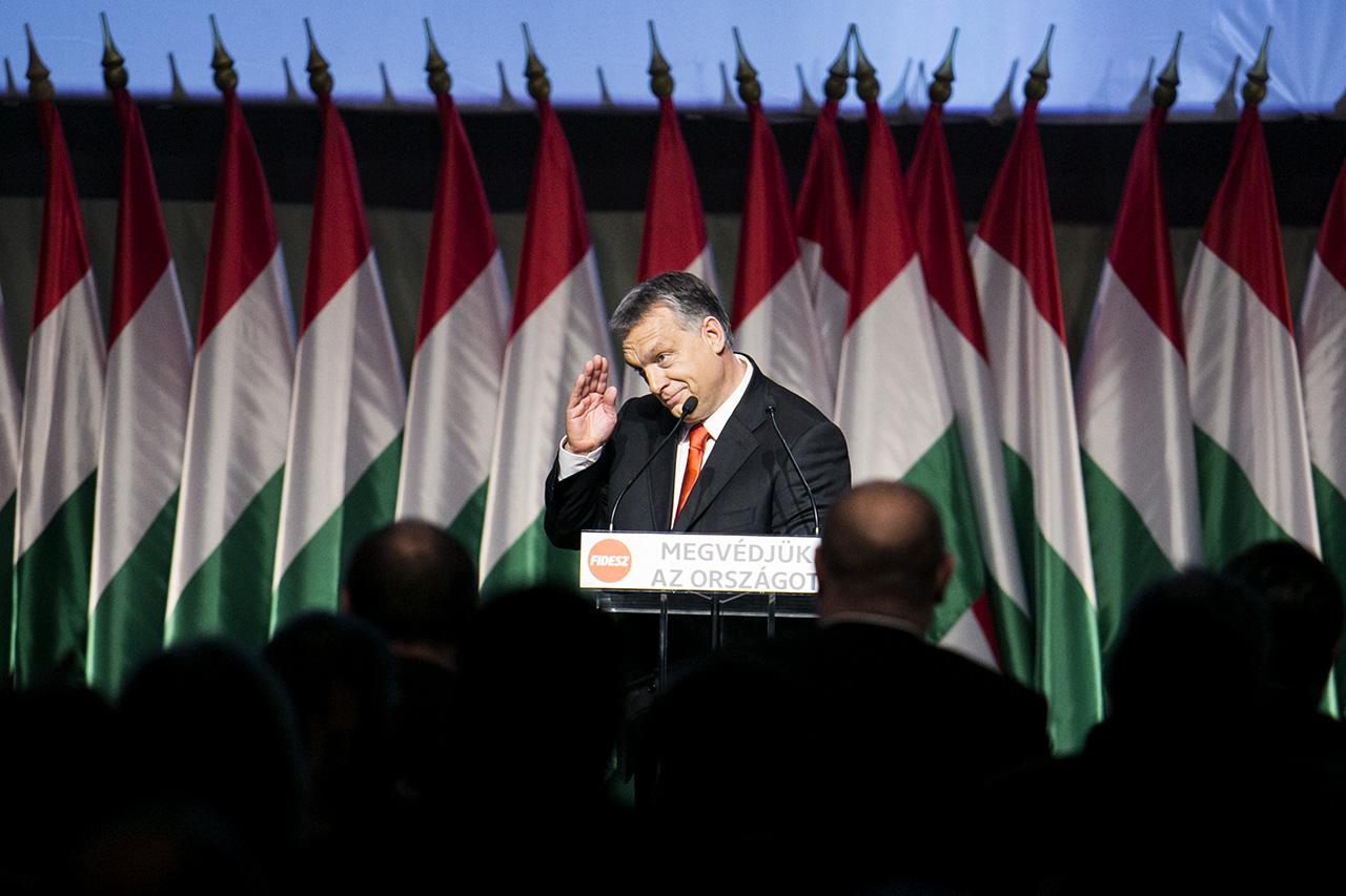 Egyetlen nap alatt költötte el az éves tartalék ötödét, mintegy 50 milliárd forintot az Orbán-kormány