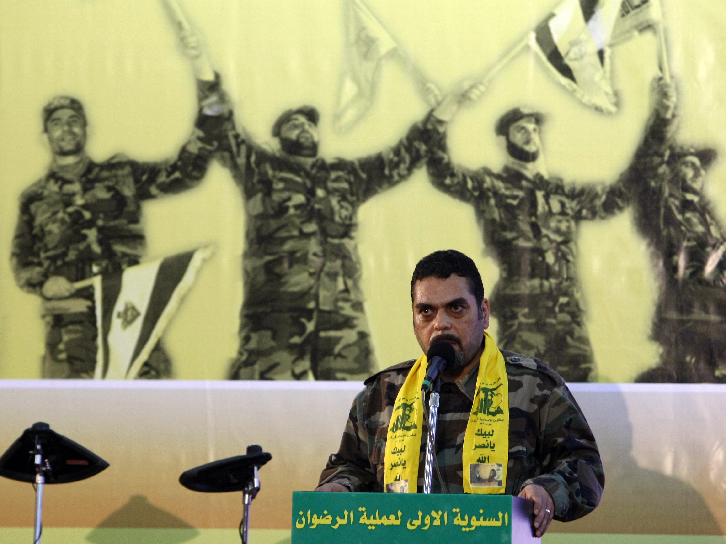 Izrael szerint a Hezbollah Szíriában kezdett katonai szervezet kiépítésébe
