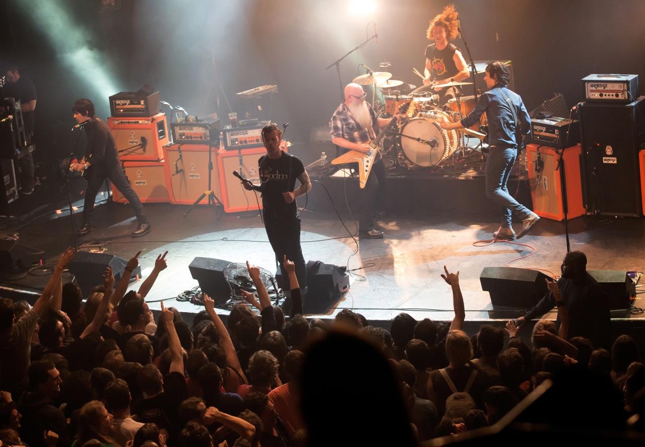 A szabad fegyverviselés támogatója az Eagles of Death Metal énekese