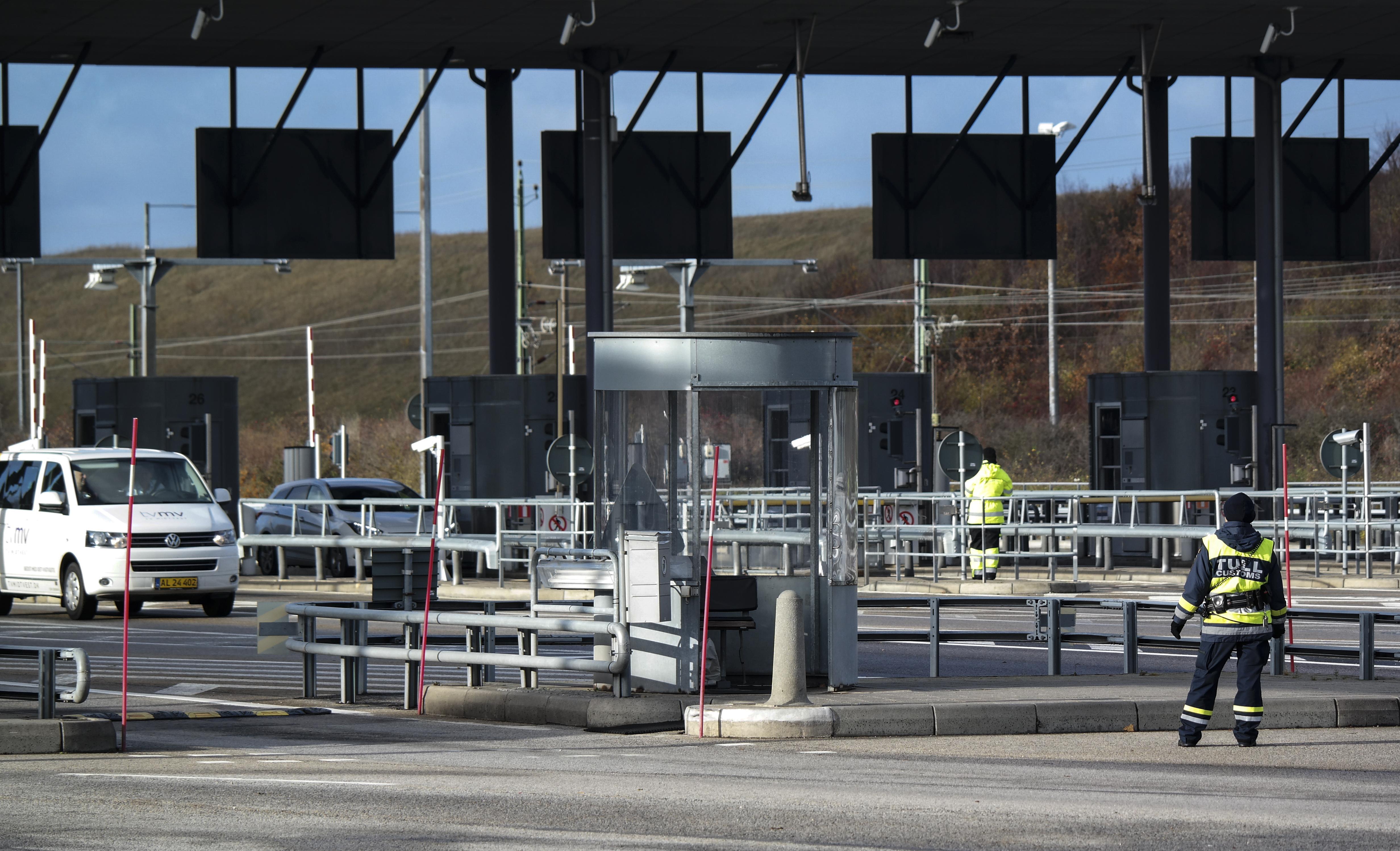 Szivárog az EU terve: Schengent év végéig fel lehet függeszteni