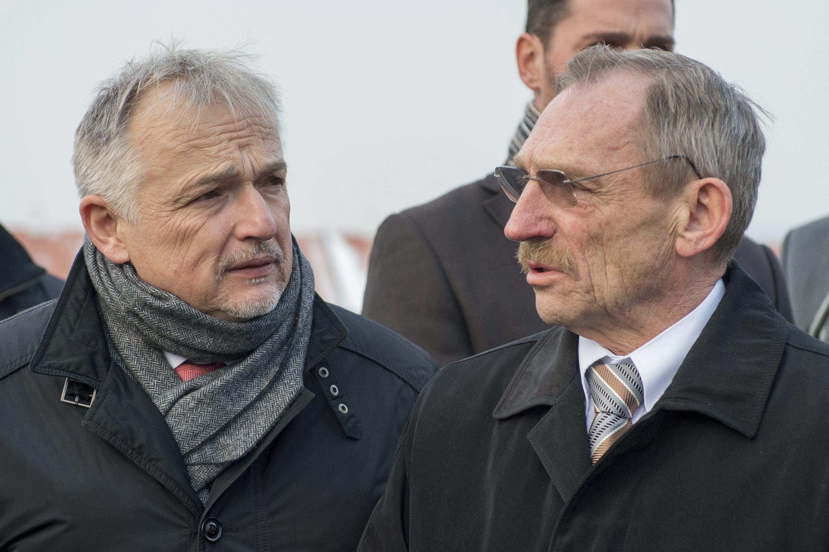 Hernádi Zsolt és Rogán egyik szomszédja kormányzati és uniós hátszéllel szállnak be az autóiparba