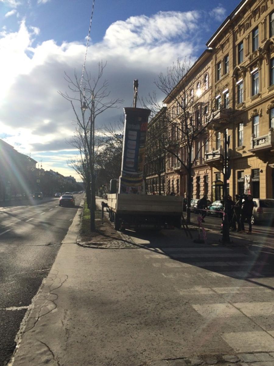 Rakják vissza a Simicska-oszlopokat az Andrássy útra