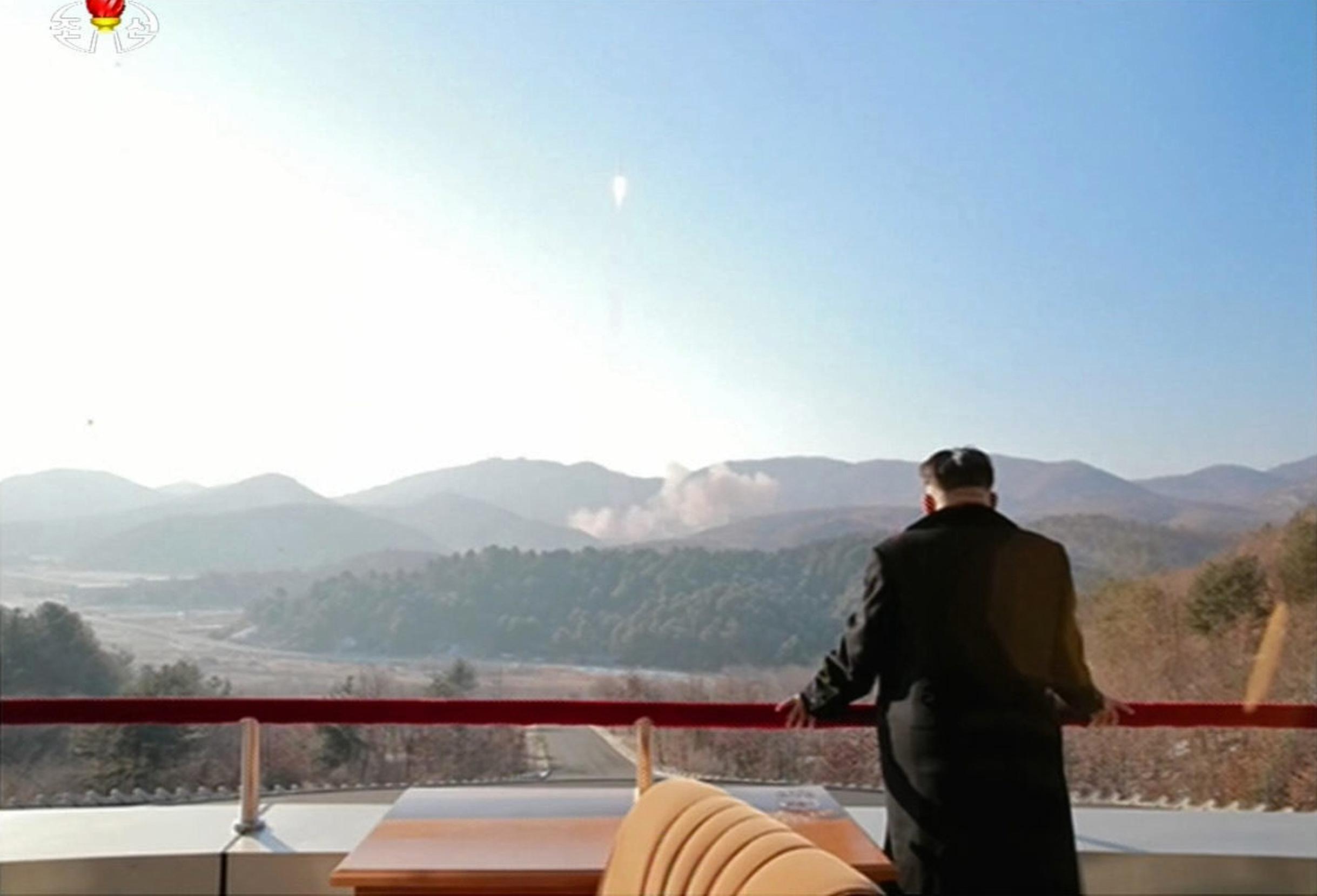 Kim Dzsongun újévi beszédében bejelentette, hogy országa nemsokára interkontinentális rakétát tesztel