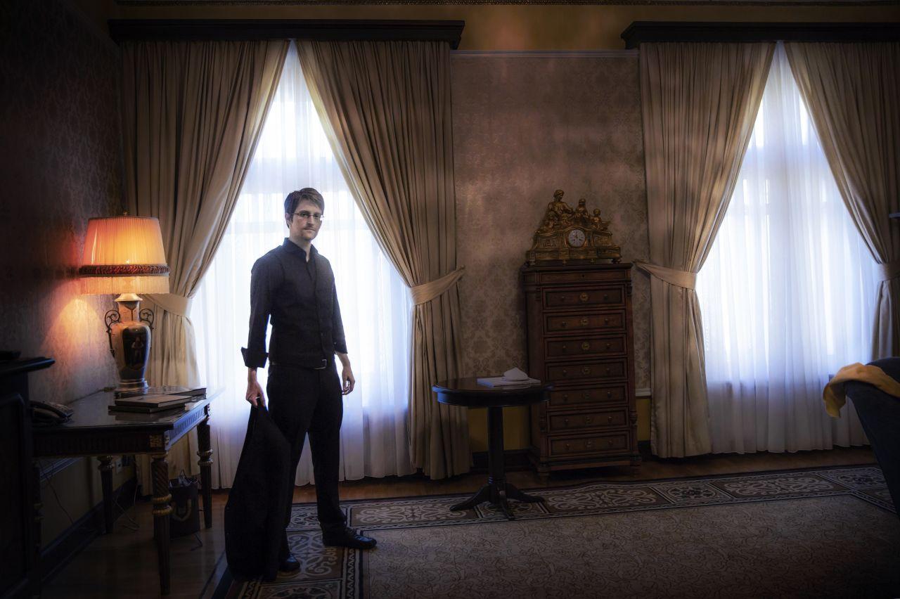 Kanada menedékjogot adott Edward Snowden bujtatójának
