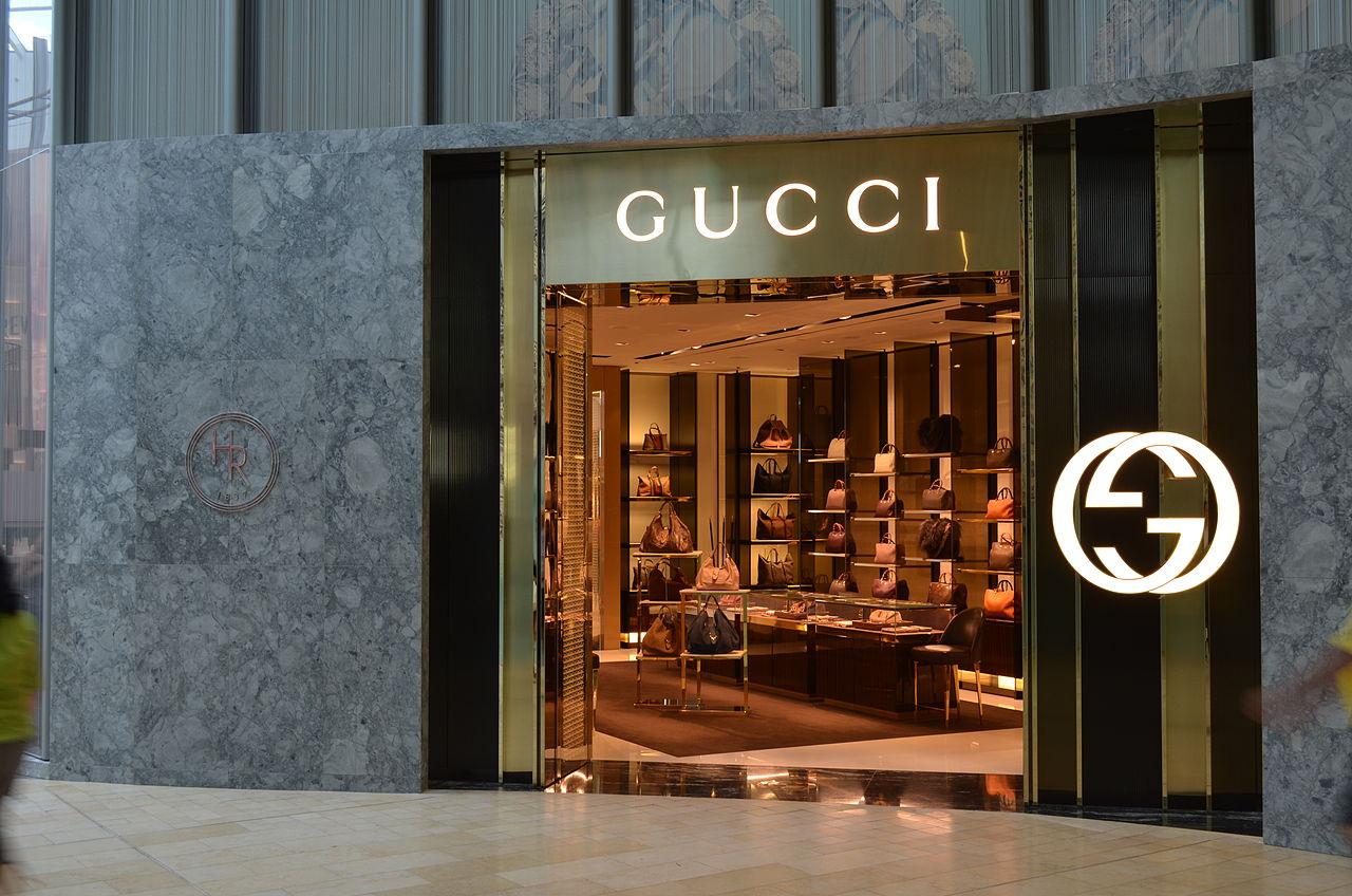 Forever gimi: kilépett a Gucci a hamisítás elleni szövetségből, mert abba felvették az Alibabát