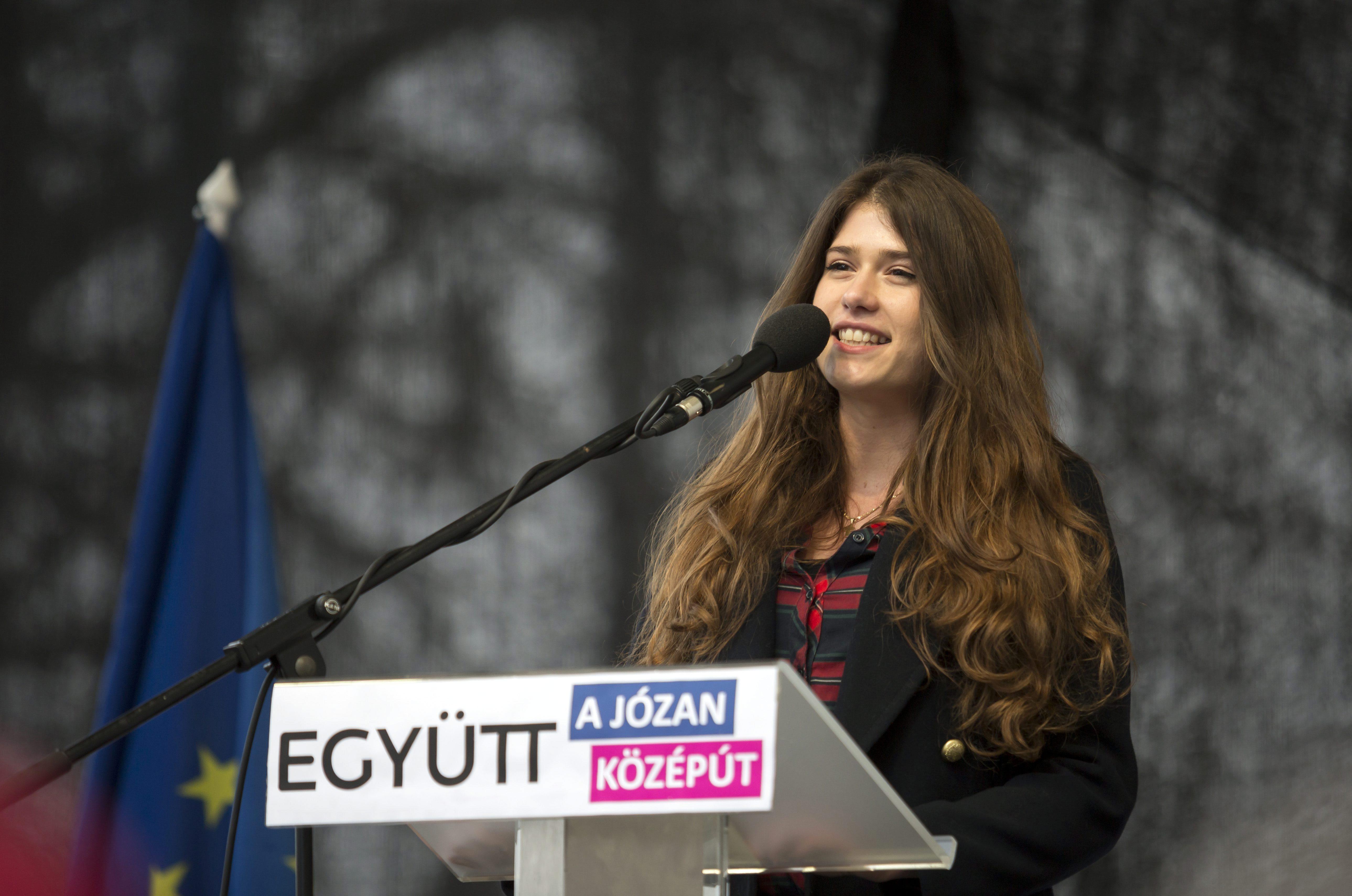 Ki ez a dühös egyetemista lány, aki a legkeményebb ellenzéki beszédet mondta?