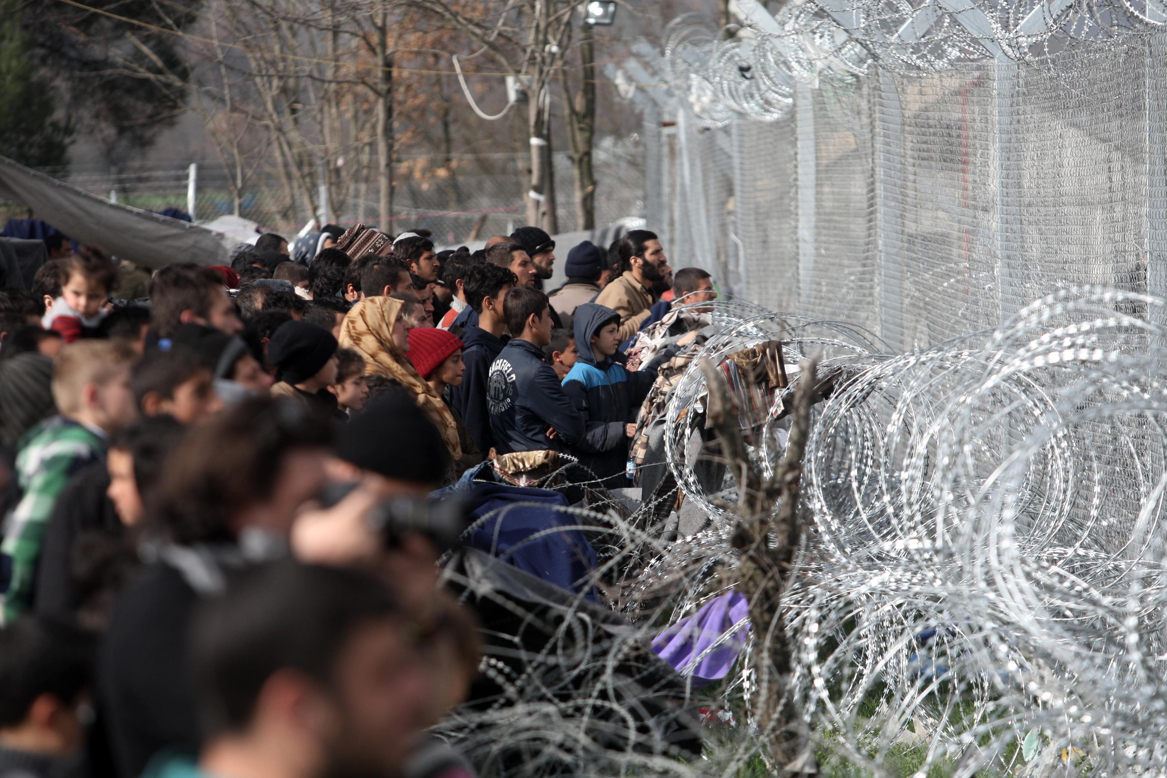 A Merkel-kormány koalíciós pártjai megegyeztek a menekültek integrációját elősegítő törvénycsomagról