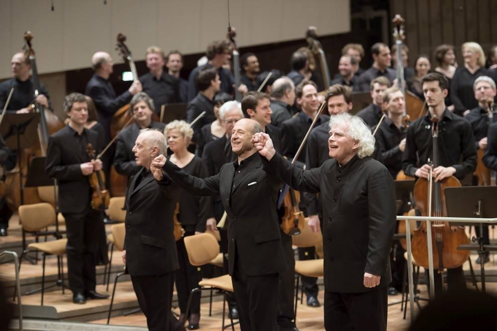 Menekülteknek adott koncertet Berlinben Fischer Iván