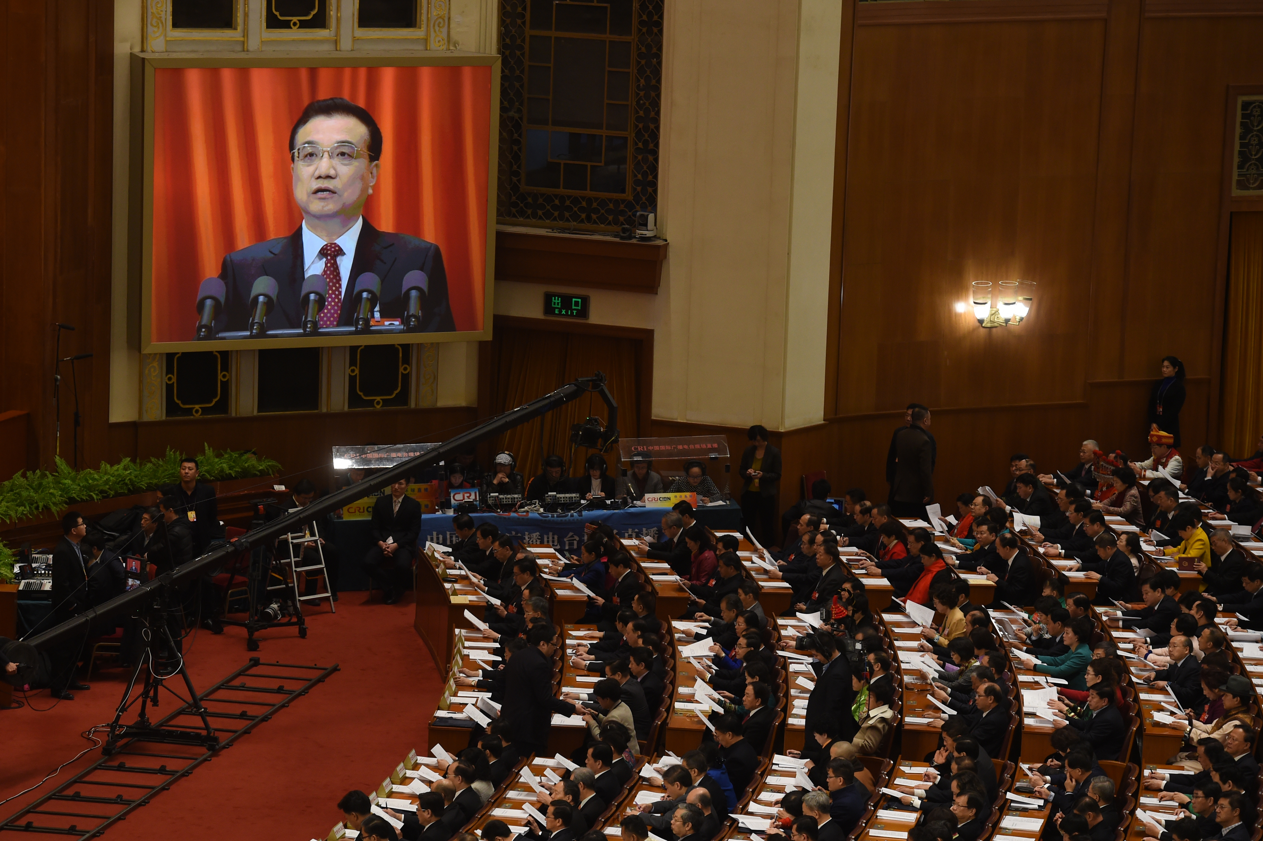 A kínai médiahatóság súlyosan büntetné a tévében a kormány politikáját gúnyoló véleményeket