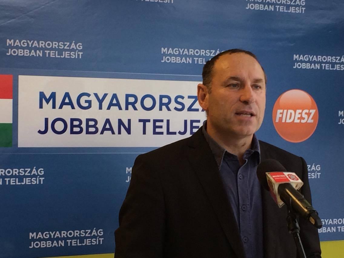 Boldog István fideszes képviselő a semmiből, páros lábbal szállt bele Orbán Viktorba!