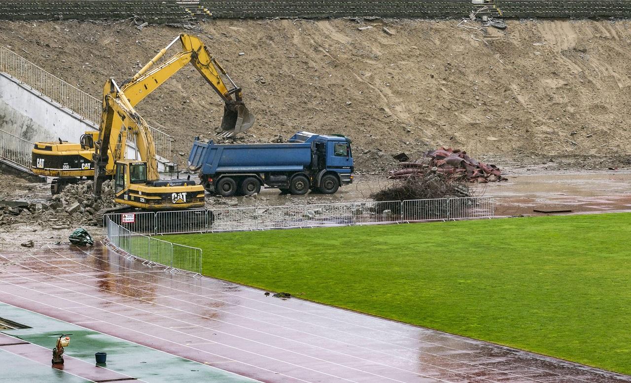A stadionépítésben verhetetlen cég bontja négymilliárdért a Puskást