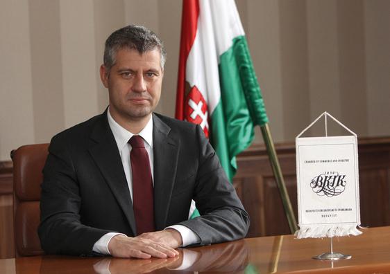 127,6 millió forintnyi uniós támogatást kapott balatoni borászatának és panziójának építésére a fideszes képviselő