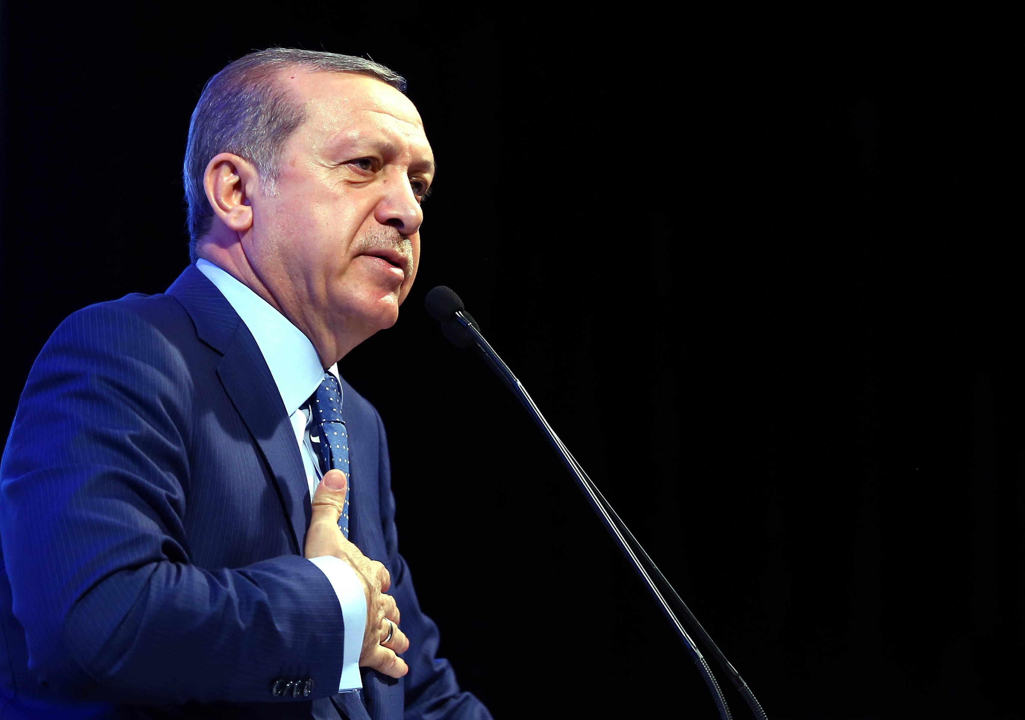 Erdogan szerint muszlim családoknak nem való a fogamzásgátlás vagy a családtervezés