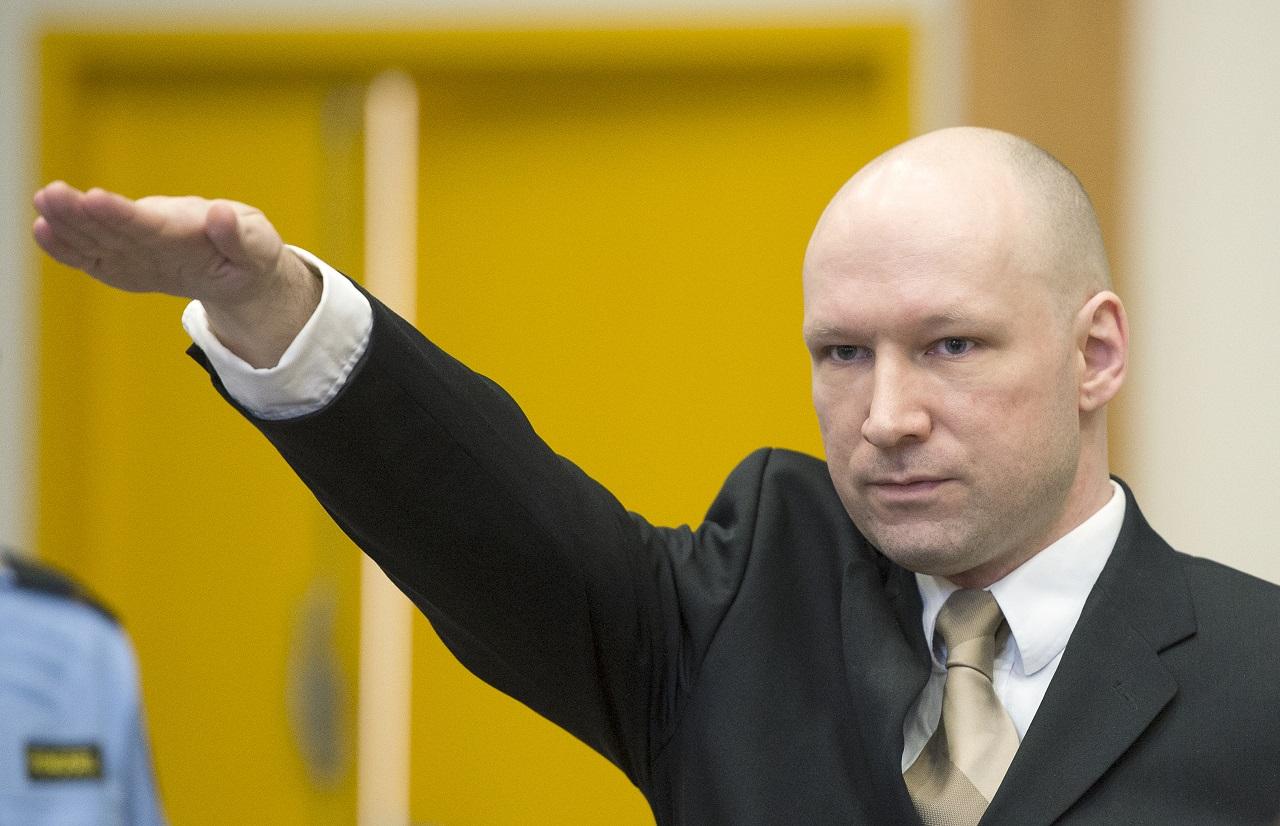 Breivik karlendítéssel protestált az emberi jogok mellett