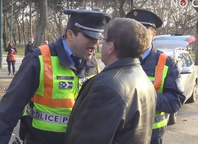 A Kúria szerint mégis ki kell takarni a rendőrök arcát a fotókon