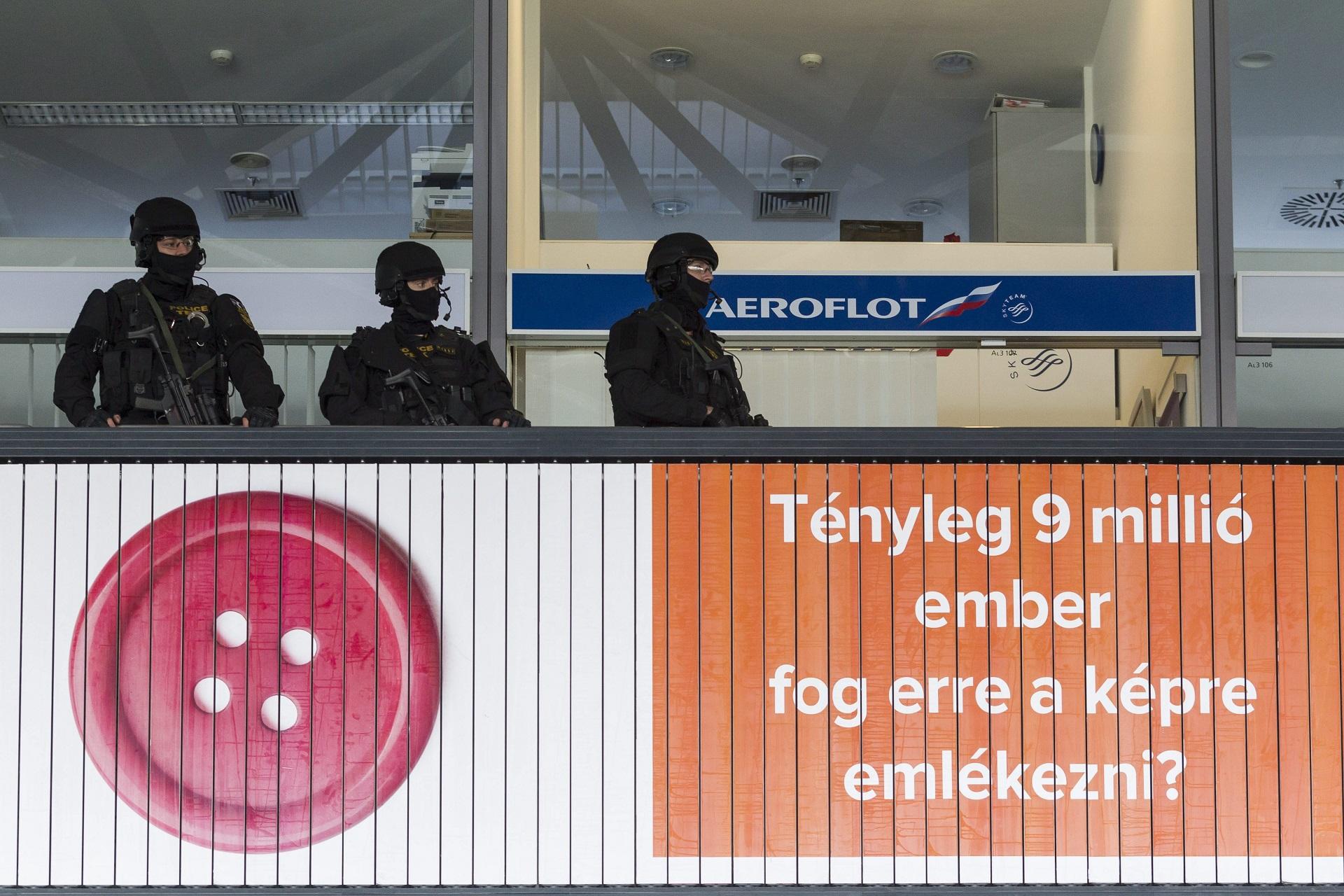 Két terrorizmussal gyanúsított külföldi lányt fogtak el Magyarországon