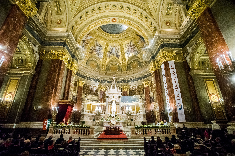 Több mint 17,7 milliárdot utalunk idén az egyházaknak ingatlanjáradékként