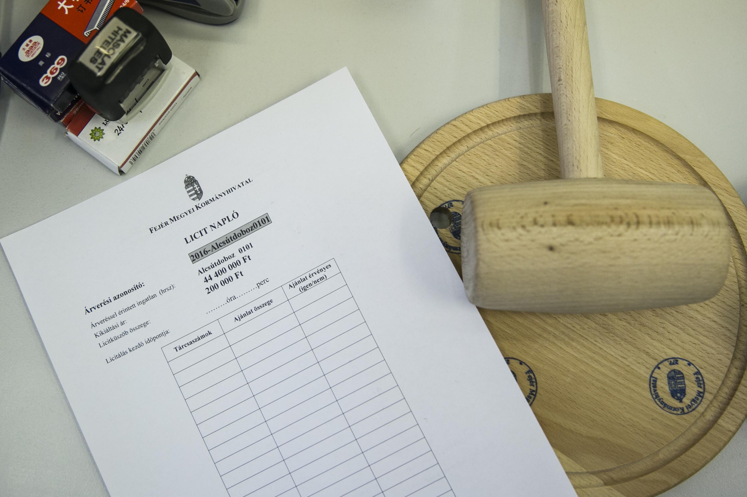 Volt, aki tizenkétszer írta alá az MSZP földárverésekről szóló népszavazási kezdeményezését