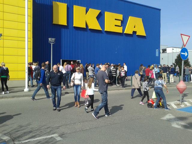 Száműzi az egyszer használatos műanyag termékeit az IKEA