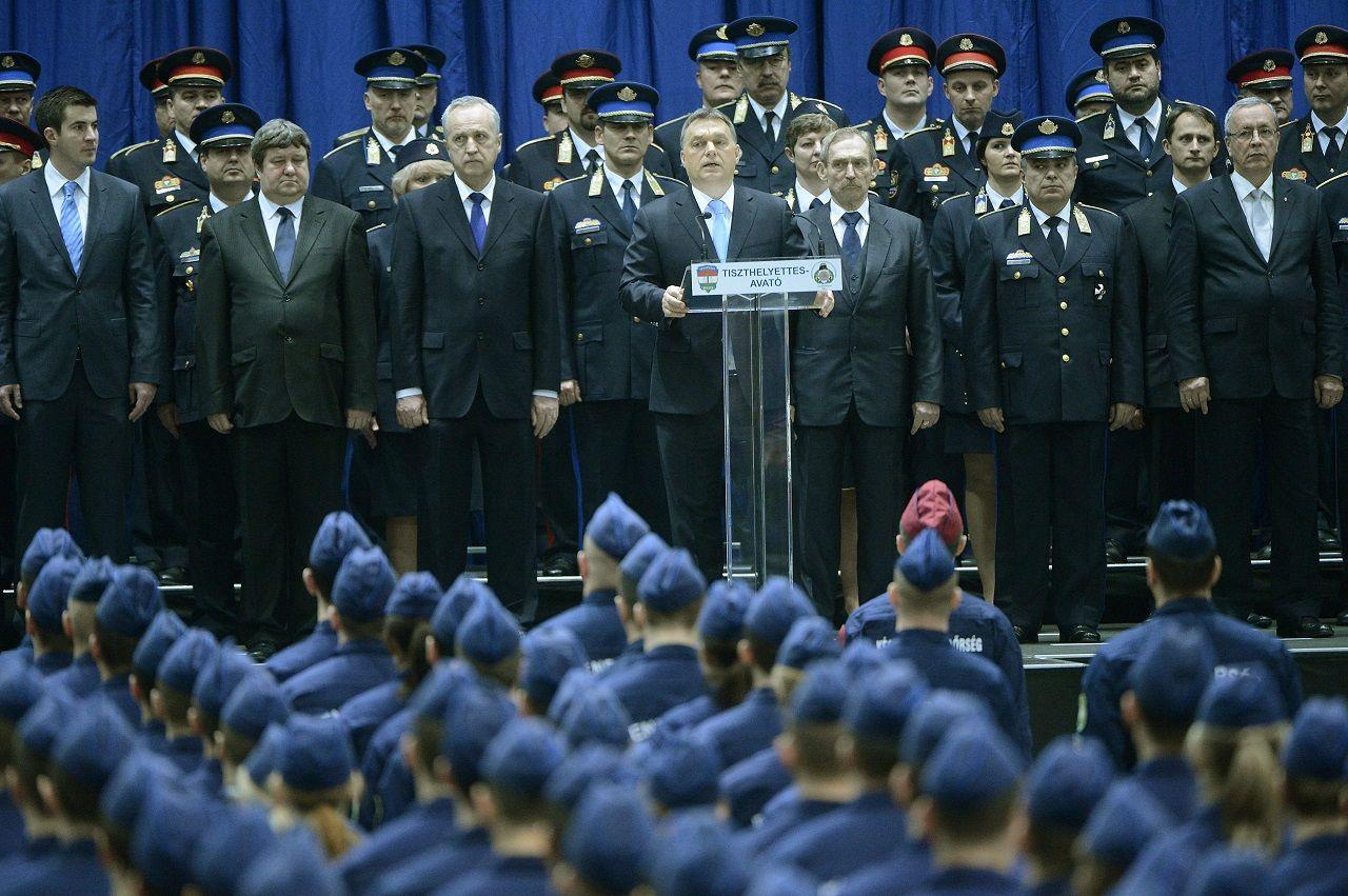 A kommunista állambiztonság már követendő példa a Fidesznek