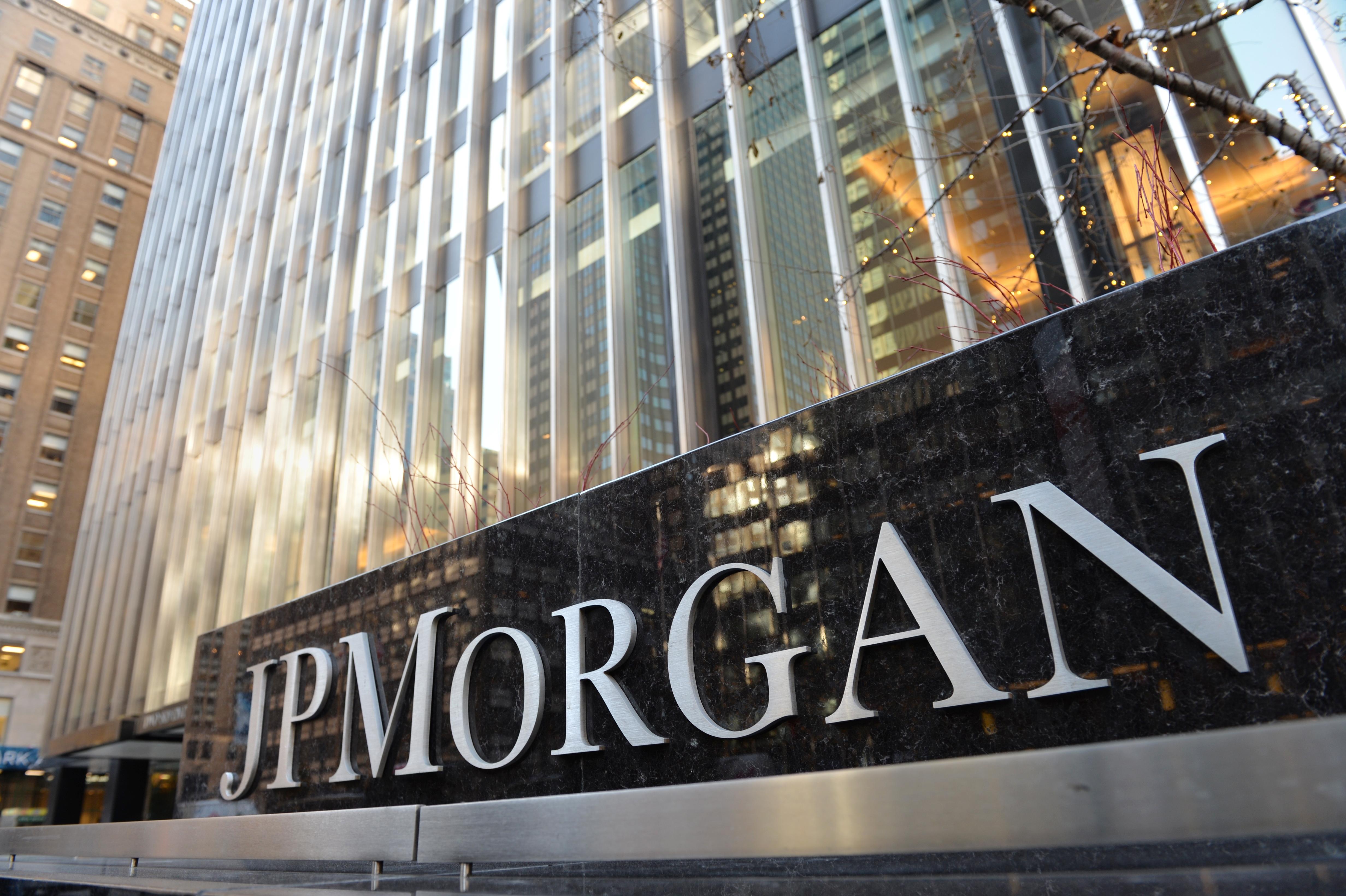 Akár egymilliárd forintért is adhatott tanácsot az MKB eladásához az egyik legnagyobb Wall Street-i bank