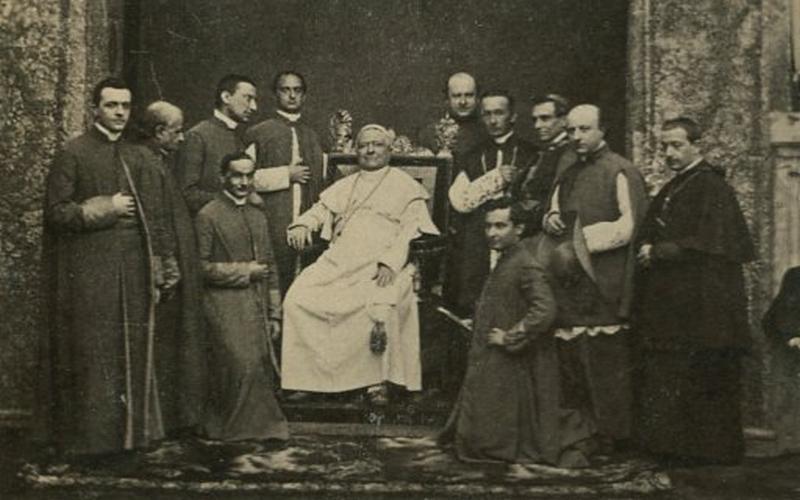 IX. Pius pápáról forgat filmet Steven Spielberg