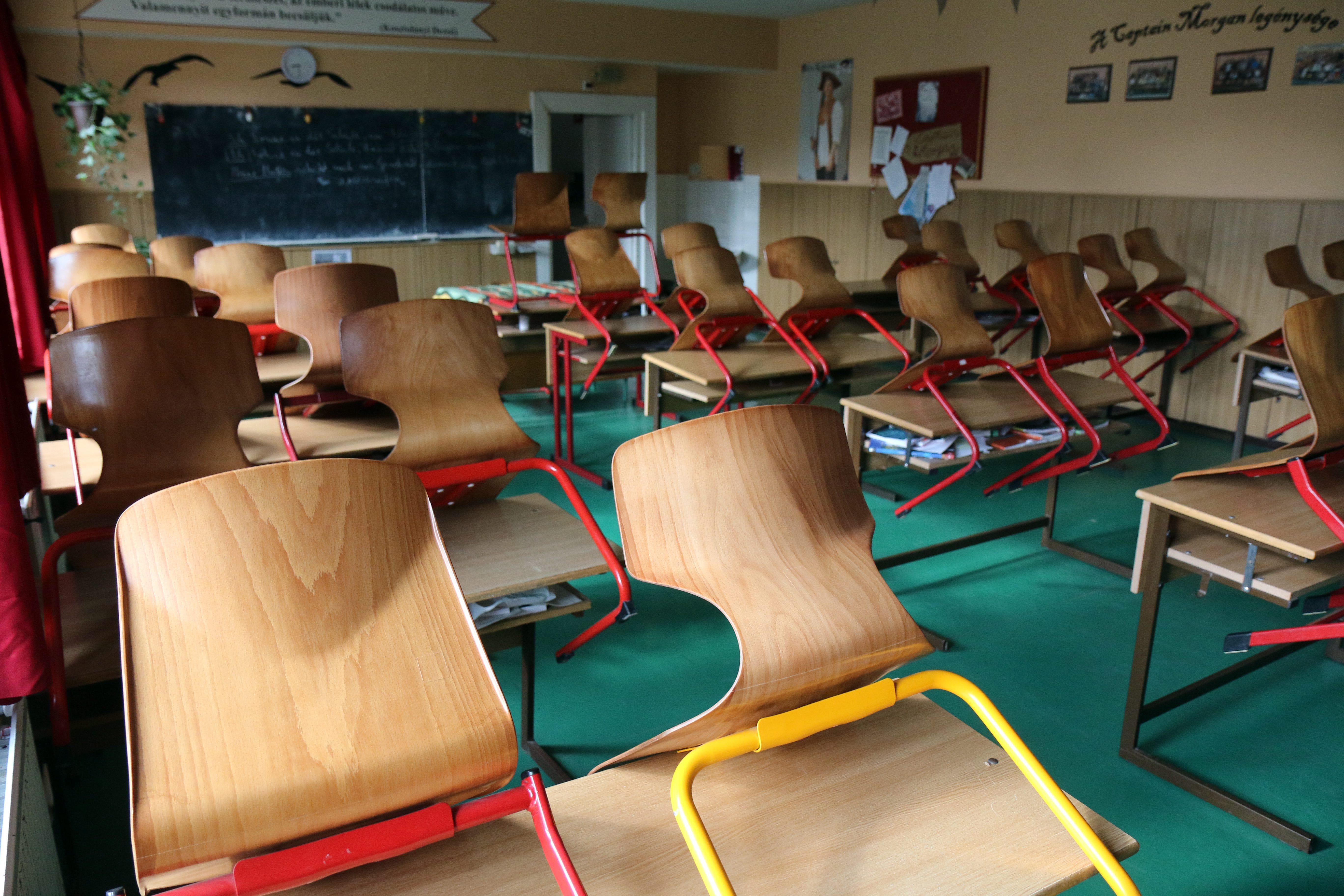 Rosszul jegyezték be a Nemzeti Pedagógus Kart
