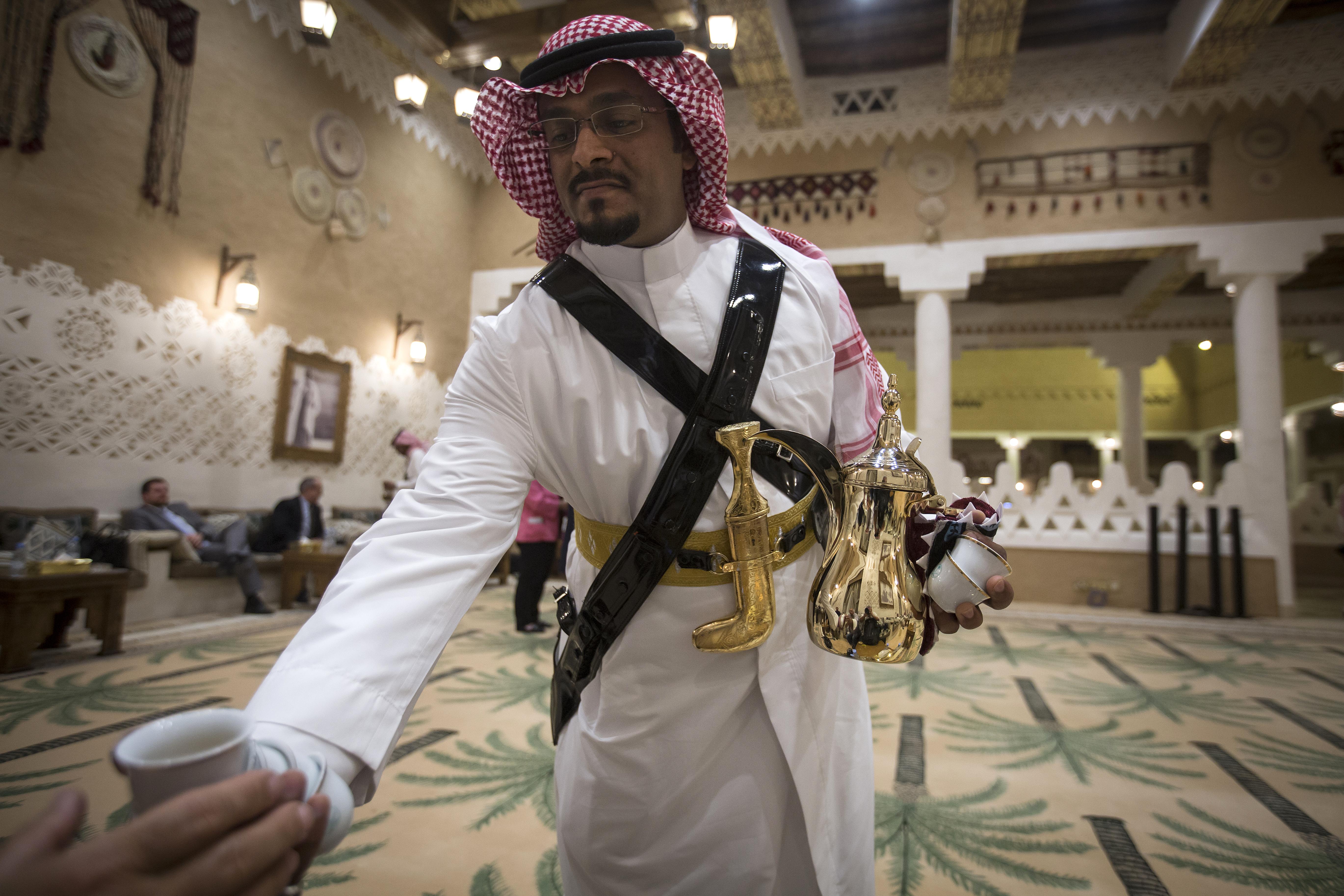 Mostantól Szaúd-Arábiában a vallási rendőrségnek vissza kell fognia magát