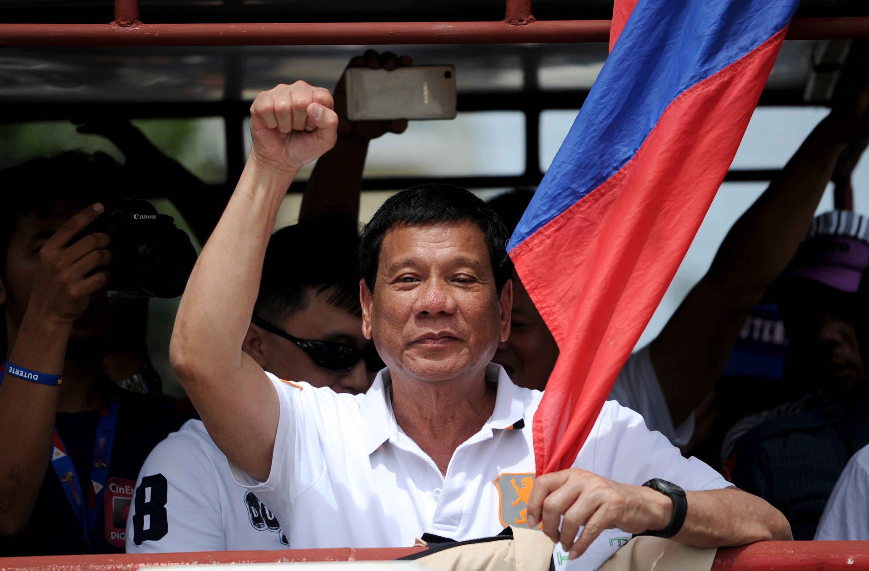 Megerőszakolt és meggyilkolt ausztrál hittérítő történetén 'viccelődött' a Fülöp-szigeteki elnökjelölt