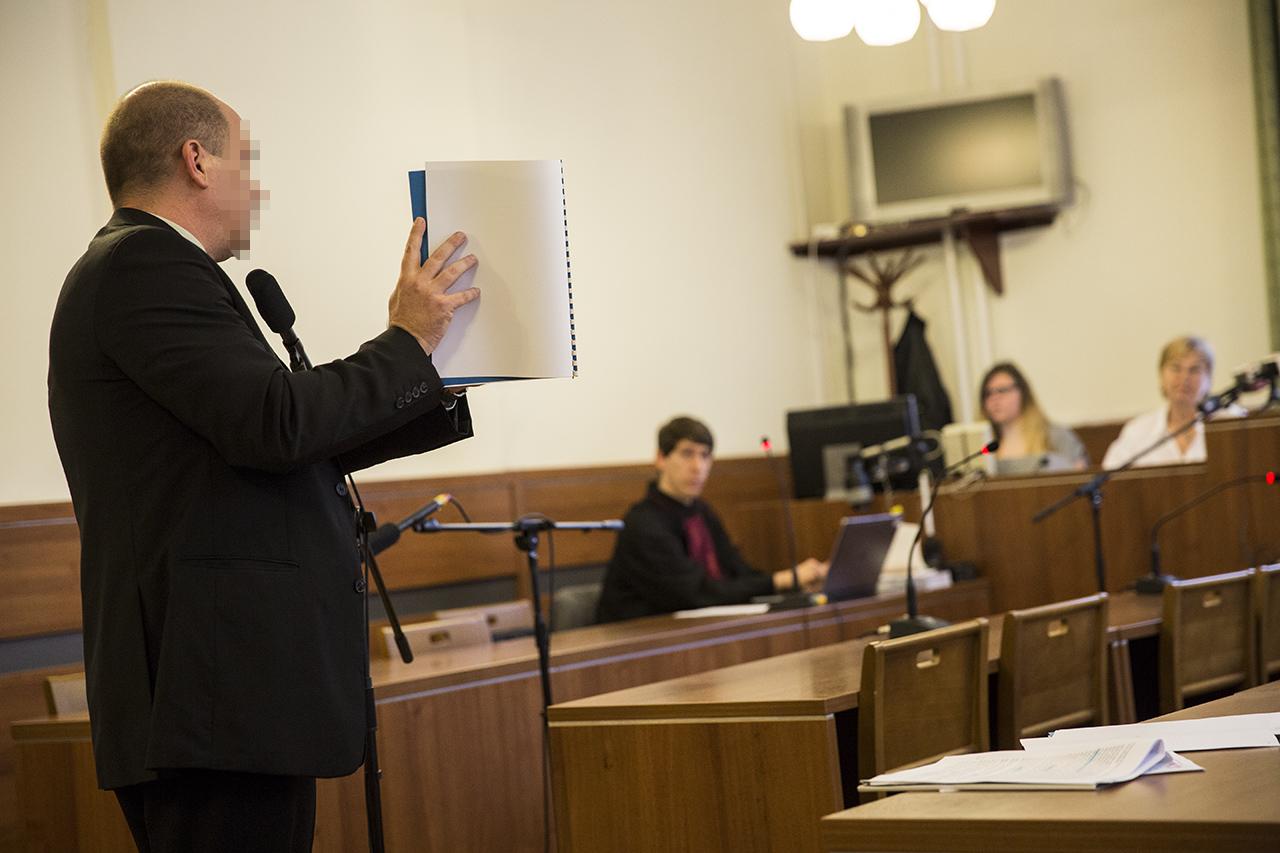Hiába cáfolta a bíróság, nem nyomoz tovább az ügyészség a kitiltási botrányban