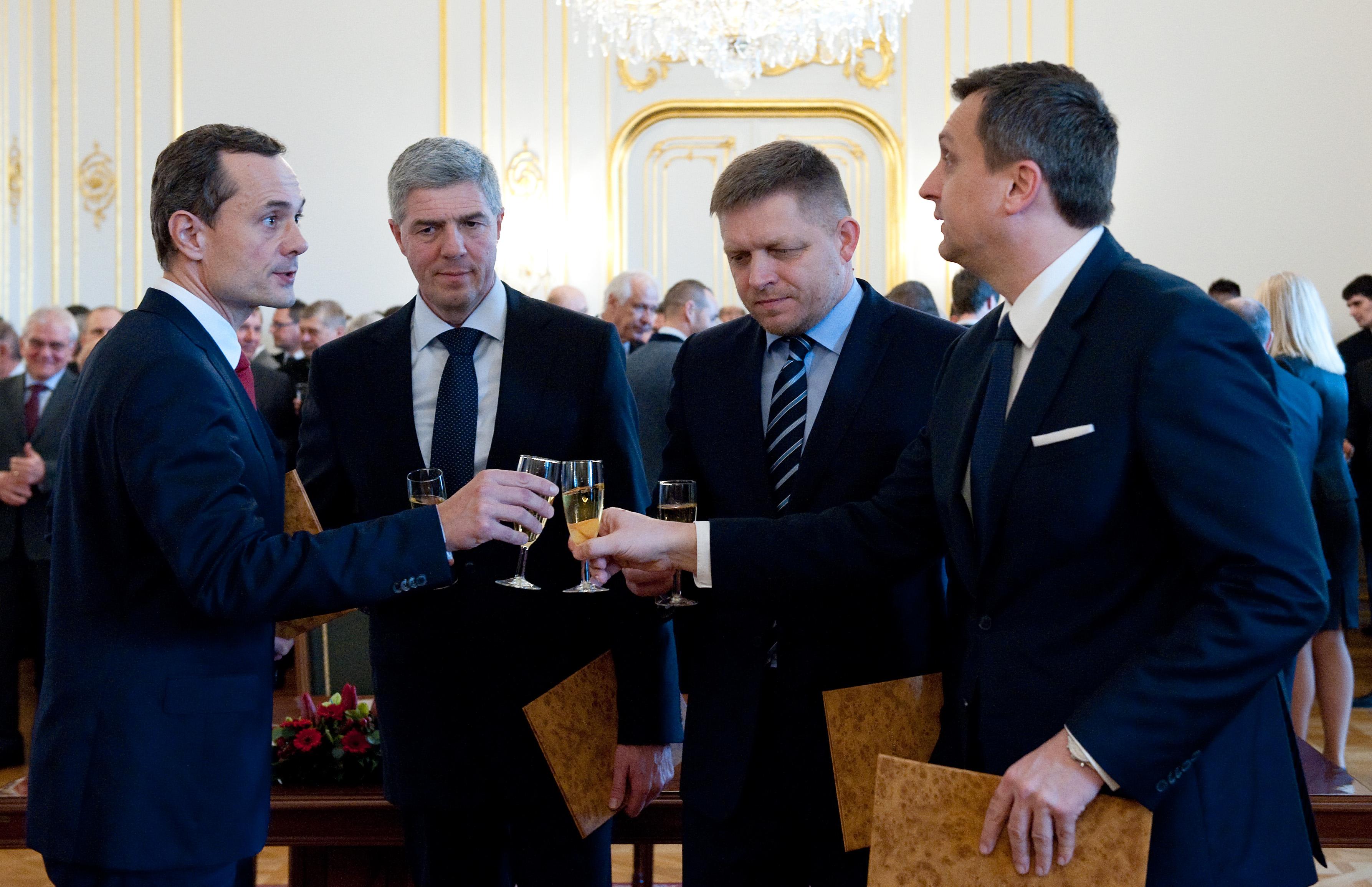 Előrehozott választásokat akar Szlovákiában a Most–Híd