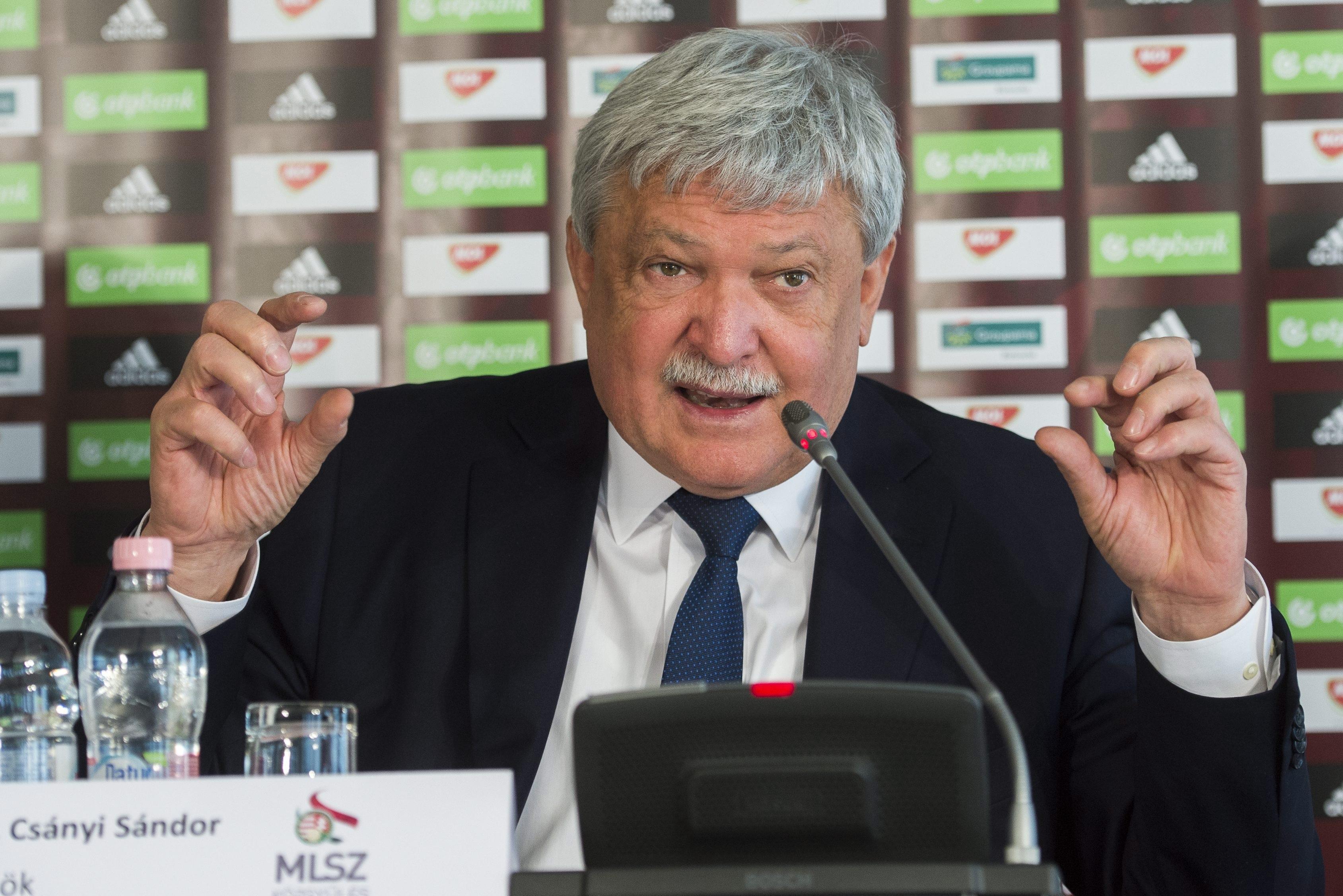 Megszólalt végre Csányi az UEFA-büntetés körüli hisztiről